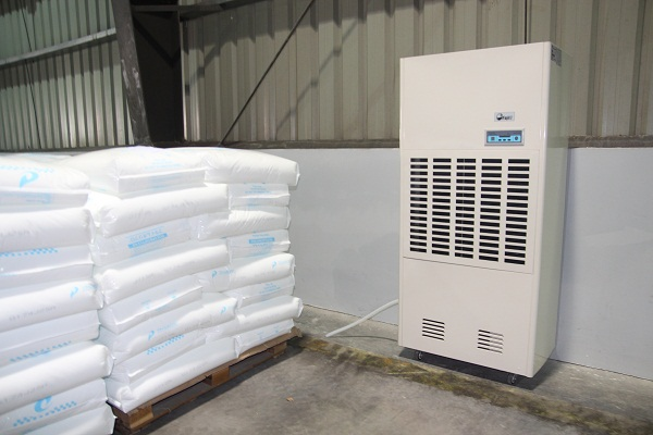 Máy hút ẩm công nghiệp Fujie HM-2408D chính hãng
