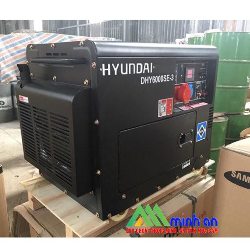 Máy phát điện chạy dầuHyundai DHY6000SE 3 pha