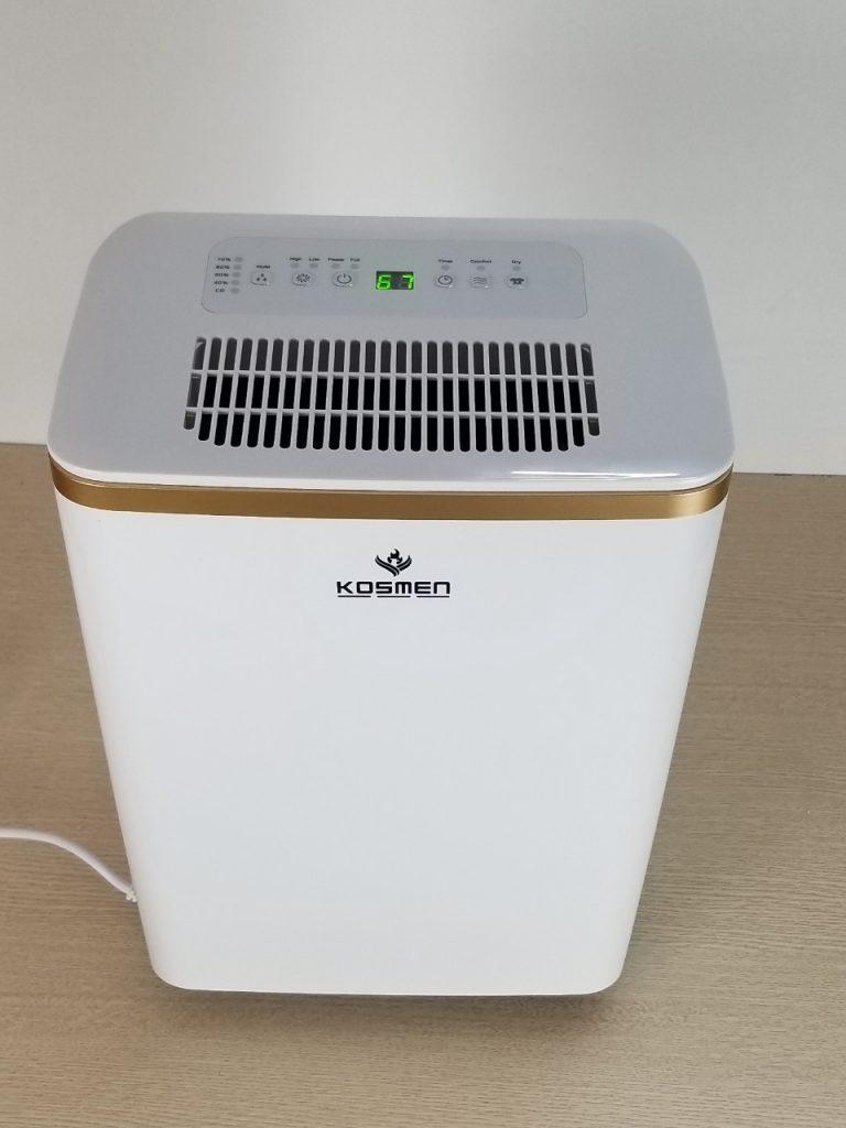 Bảng điều khiển của máy hút ẩm Kosmen KM-12N