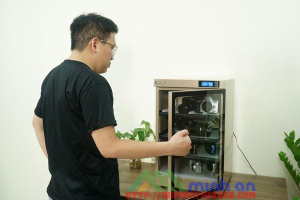 Tủ chống ẩm thiết bị điện tử