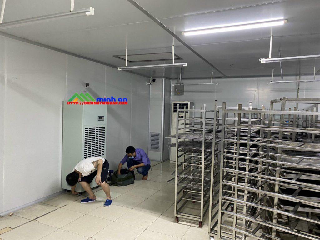 Lắp đặt máy hút ẩm bảo quản hàng hóa